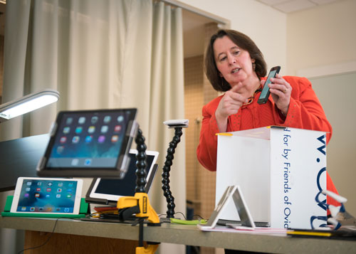 Dr. Therese Willkomm Demonstrates an iPhone App